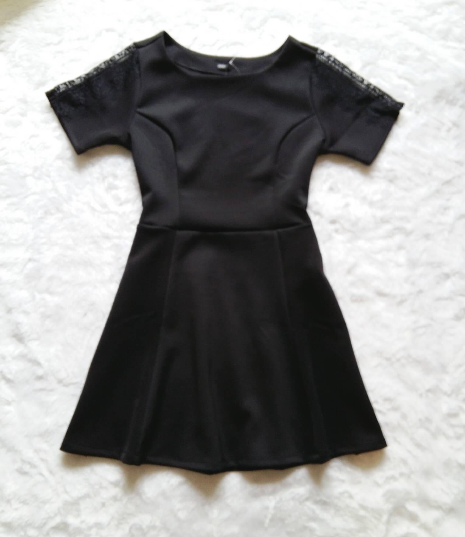 vestido-preto-com-renda-12