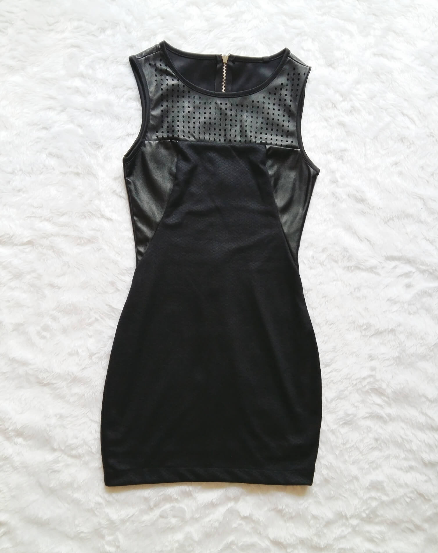 vestido-preto-couro-0029