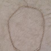 colar-minimalista-prata-claro