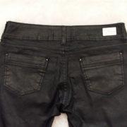 jeans-resinado-preto-42