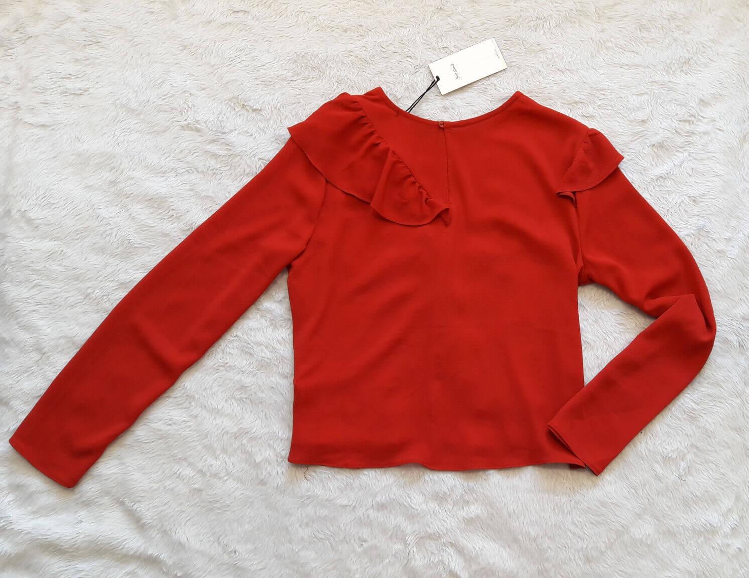 blusa-bershka-vermelha