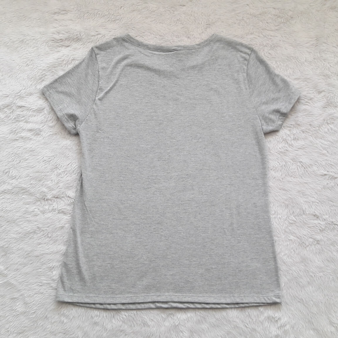 t-shirt-cinza-g