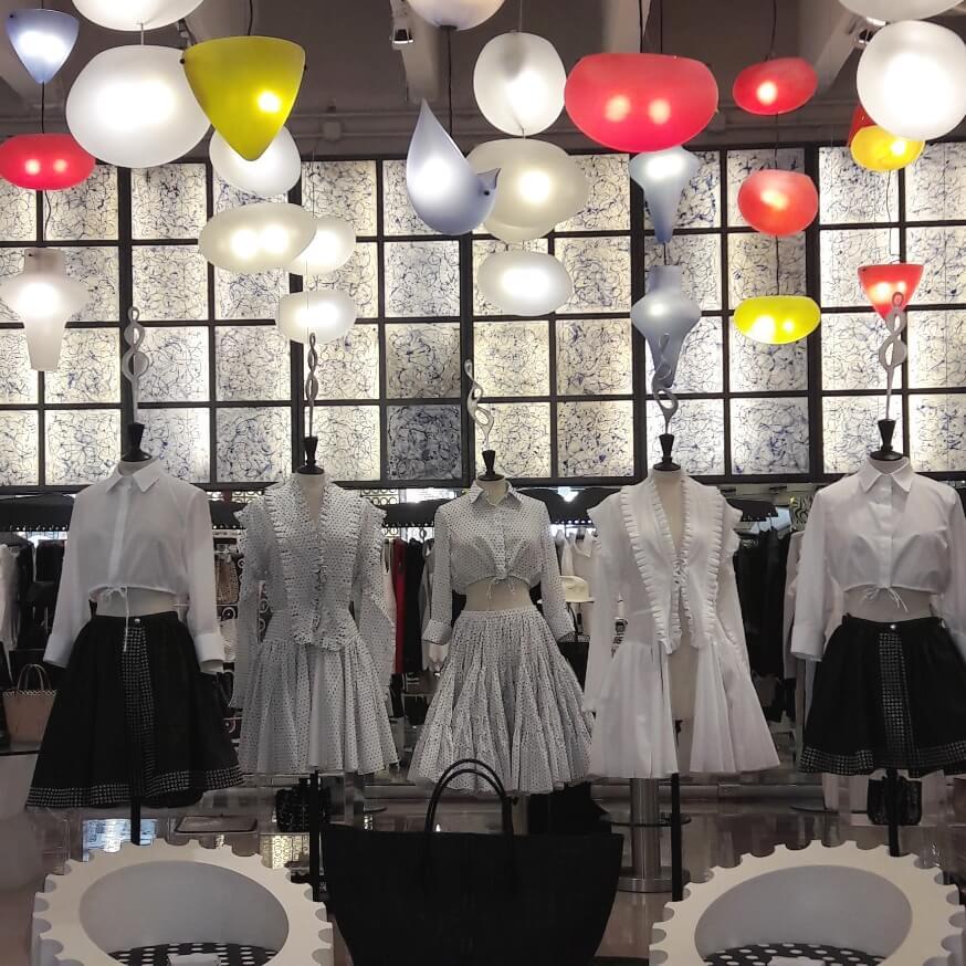 Moda na 10 Corso Como Milão