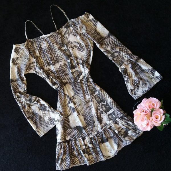 vestido-python