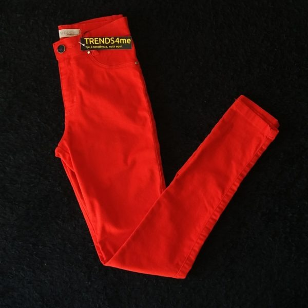 calça jeans vermelha 36